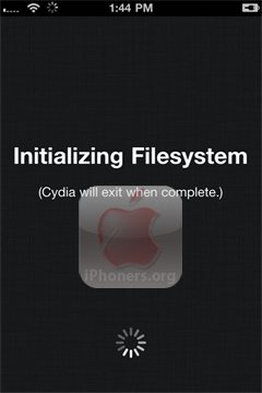 Cydia Initializing Filesystem