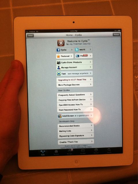 iPad 2 Jailbroken by comex